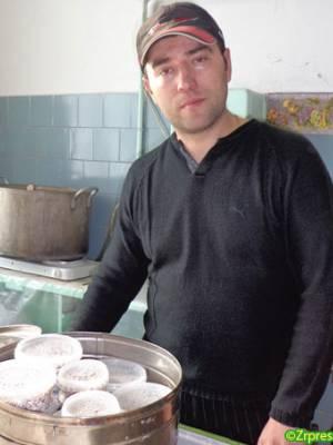 Приморський підприємець будує свою справу на гриби глива